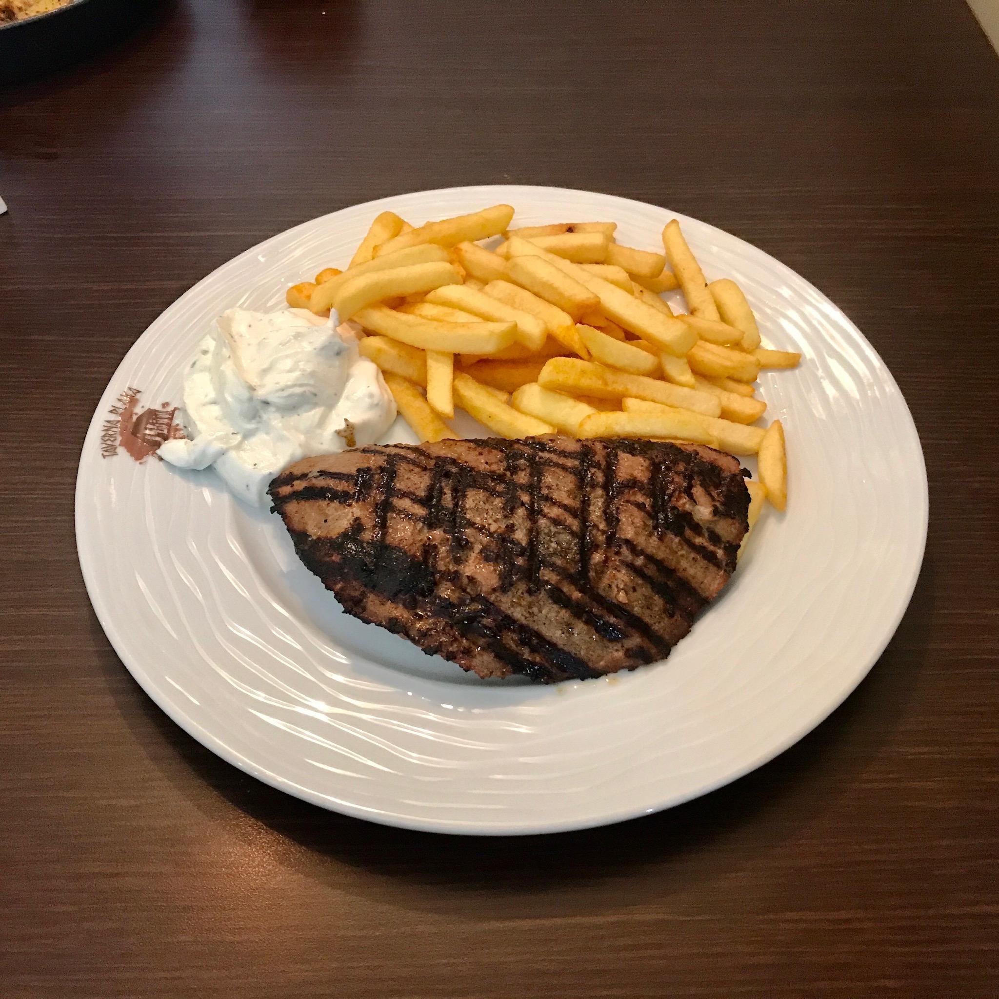 Grieche-Wedel-Taverna-Plaka-Bifteki Spezial