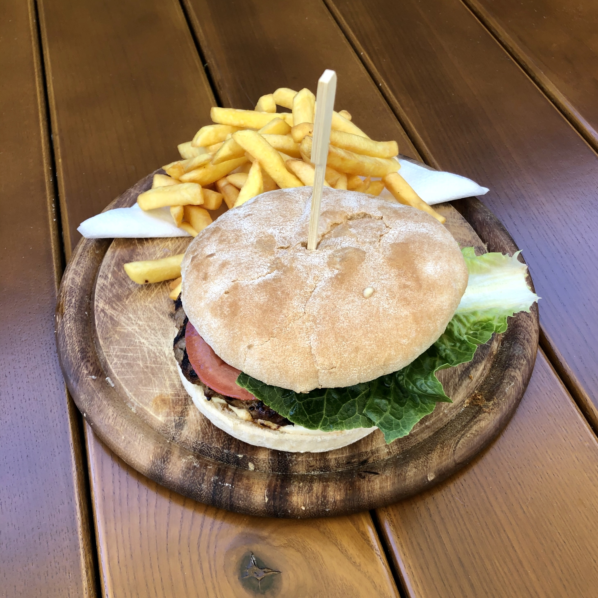 Grieche-Wedel-Taverna-Plaka-Bifteki Burger