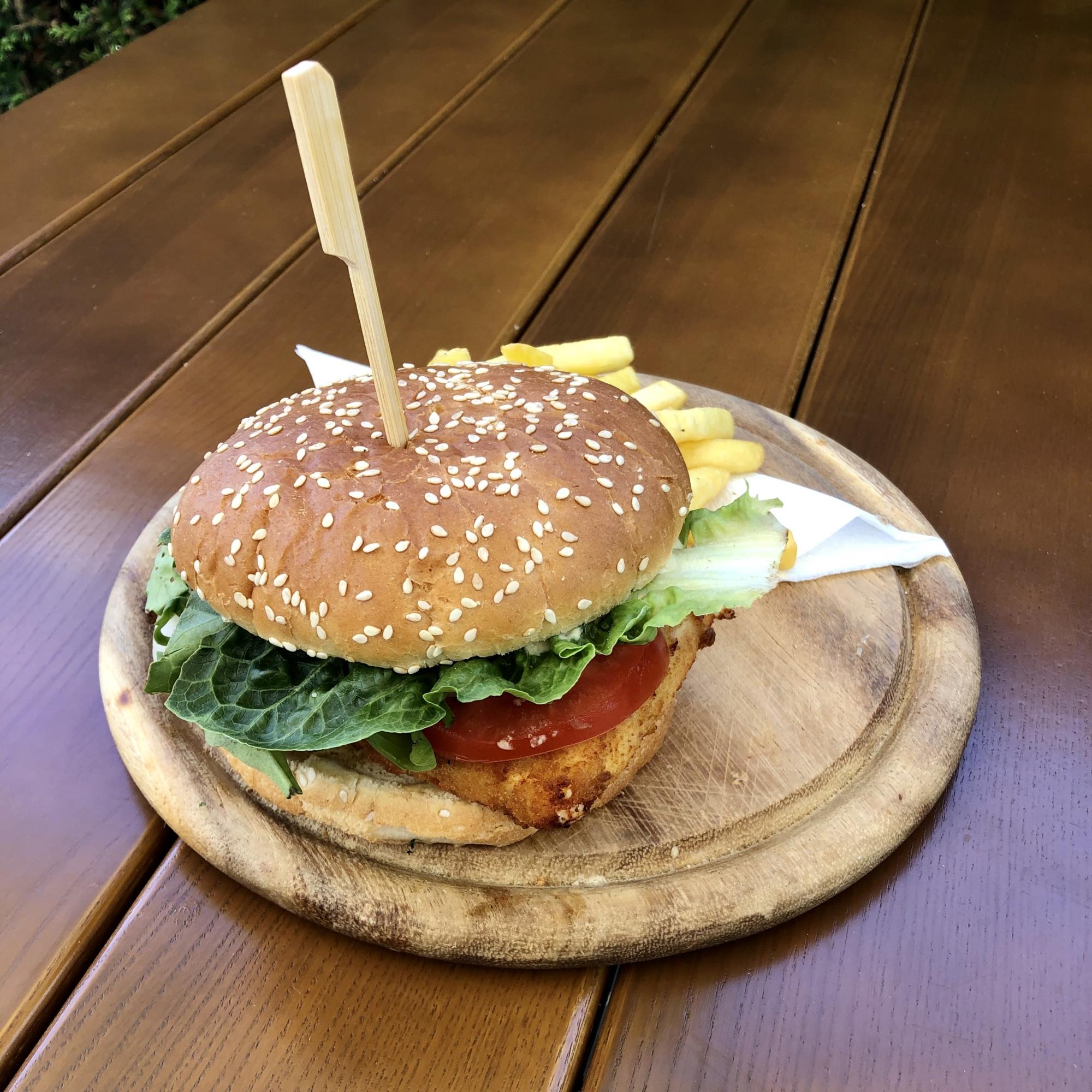 Grieche-Wedel-Taverna-Plaka-Saganaki-Burger vegetarisch