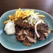 Grieche-Wedel-Taverna-Plaka-Vom-Grill-EM-Grillteller